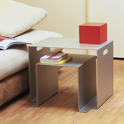 Alu Like Beistand set of 2 tables | Tavolini impilabili | jankurtz