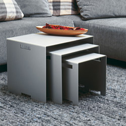 Alu Like Schutzengel set of 3 tables | Mesas nido | jankurtz