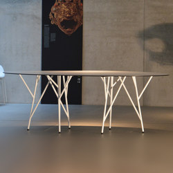 Astwerk table | Restaurant tables | jankurtz