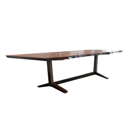 Ashen Table | Tables de conférence | Asher Israelow