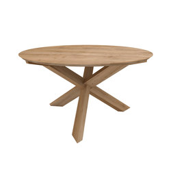Oak Circle dining table | Tables de restaurant | Ethnicraft