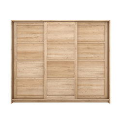 Oak Knockdown dresser | Armadi | Ethnicraft