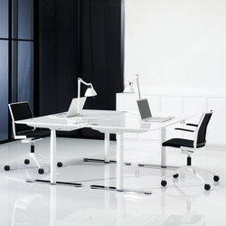 X12 Desk | Desking systems | Holmris Office