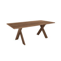 Teak Pettersson dining table | Restaurant tables | Ethnicraft
