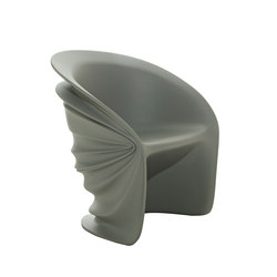 Modesty Veiled armchair | Chaises | Driade