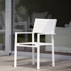 Quadrat Cubic stackabel armchair | Fauteuils de jardin | jankurtz