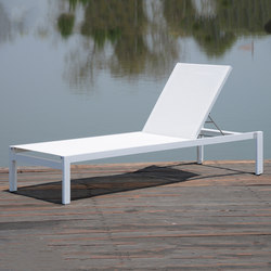Quadrato stackable sunbed | Sun loungers | jankurtz