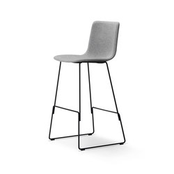 Pato Sledge Barstool | Tabourets de bar | Fredericia Furniture