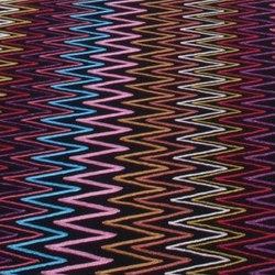 Zig Zag Black | Formatteppiche / Designerteppiche | Nuzrat Carpet Emporium