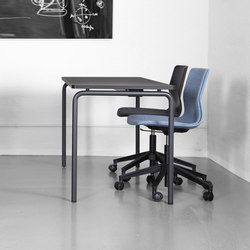 Four Real 74 | Classroom desks | Four Design
