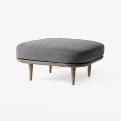 Fly Pouf SC9 | Poufs / Polsterhocker | &TRADITION