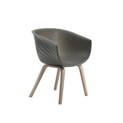 Derby | Wooden base | Chairs | Segis
