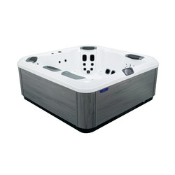 Comfort Line R7L | Bathtubs | Villeroy & Boch