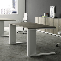 CE Operative | Seminar tables | Famo