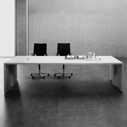 Katamaran Meeting K6 | Multimedia conference tables | Famo