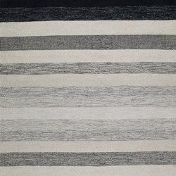 Tofta wave white black | Formatteppiche / Designerteppiche | Kateha