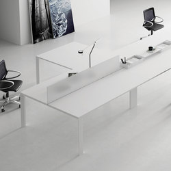 UM Operative | AV tables | Famo