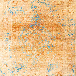 Kashan Revived copper & blue | Tapis / Tapis design | THIBAULT VAN RENNE