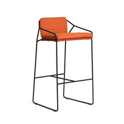 Sandur Bar Stool With Arm | Garten-Barhocker | Oasiq