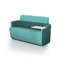 PodSofa with low backrest & table | Divani lounge | Martela