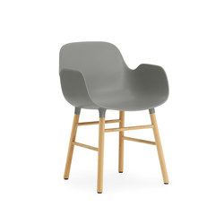 Form Chaise avec accoudoirs | Chaises de restaurant | Normann Copenhagen