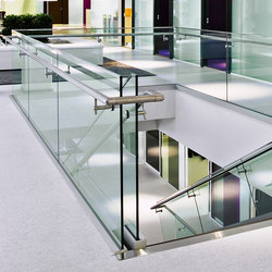 LK60 glass railings | Stair railings | Steelpro