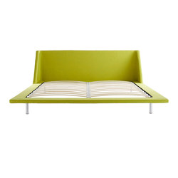 Nook King Bed Frame | Lattenroste / Bettgestelle | Blu Dot