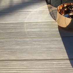 PLEXIGLAS WOOD – MYDECK COLOUR EDITION space | Tarimas / Decking | MYDECK