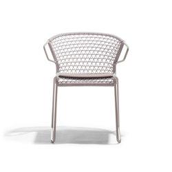 Vela Armchair P | Restaurant chairs | Accademia