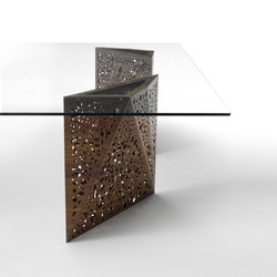 Riddled Table² | Tables de repas | CASAMANIA-HORM.IT
