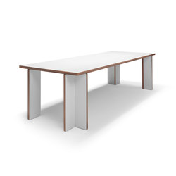 Akiro table | Dining tables | Linteloo