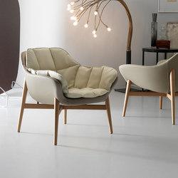 Manta Armchair | Loungesessel | Quinti Sedute
