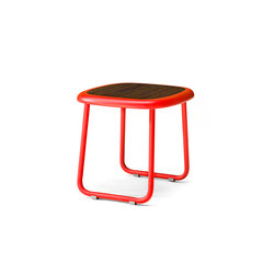 Adesso End Table | Mesas auxiliares de jardín | Kenneth Cobonpue