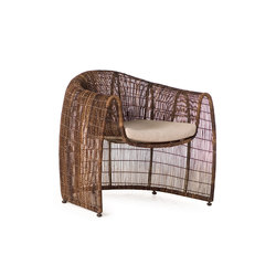 Lulu Club Chair | Sessel | Kenneth Cobonpue
