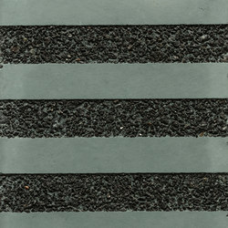 GCGeo Stripes Horizontal green cement - black aggregate | Exposed concrete | Graphic Concrete