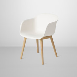 Fiber Armchair | wood base | Sillas de visita | Muuto