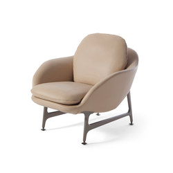 399 Vico Armchair Leather | Lounge chairs | Cassina