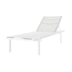 Allux stackable Lounger | Tumbonas | Mamagreen