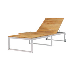 Oko Lounge sun lounger with tray | Tumbonas | Mamagreen