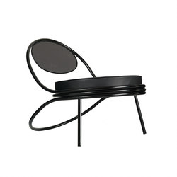 Copacabana Chair | Loungesessel | GUBI