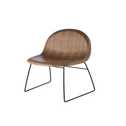 Gubi Sledge Lounge Chair | Lounge chairs | GUBI