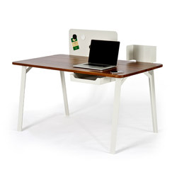 Mantis Desk | Escritorios individuales | Case Furniture