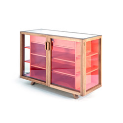 Vitrina small sideboard | Vitrinen | Case Furniture