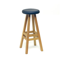 Oki Nami stool | Sgabelli bar | Case Furniture