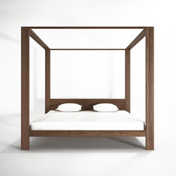 High end four poster beds beds and bedroom furniture on for High end canopy beds