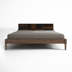 Katchwork QUEEN SIZE BED | Lits | Karpenter