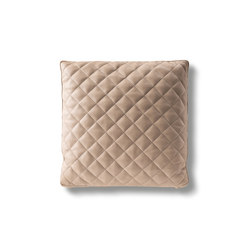 Claire Cushion | Cushions | Minotti