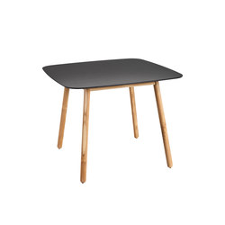 Round Dining table dekton top | Dining tables | Point