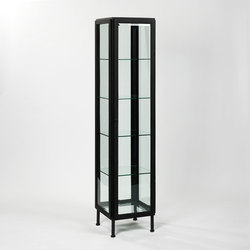 seventy vitrine schauk sten vitrinen von reflex architonic. Black Bedroom Furniture Sets. Home Design Ideas