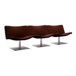 Wave | 901 | Waiting area benches | Tonon